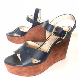 Pour La Victoire 7 Shoes Lysa Navy Wedge Leather